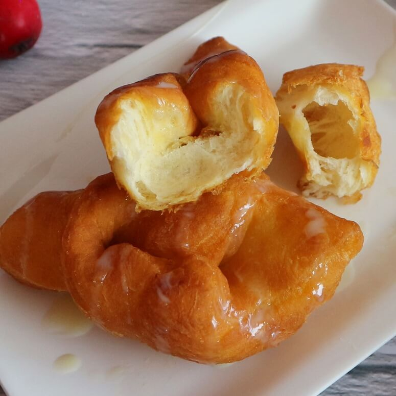 Fluffy fried pastry
