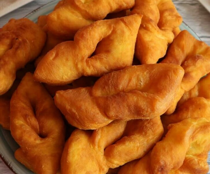 Krebli – quick recipe without yeast for fluffy fried pastry