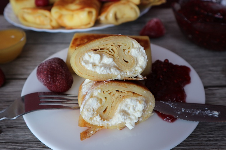 Russian blini with curd