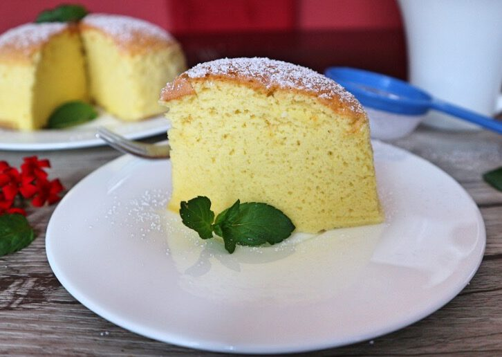 Taiwanese castella cake – recipe for the fluffiest and juiciest sponge cake