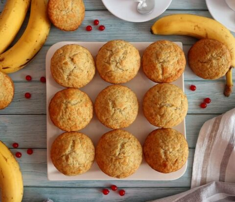 Banana muffins – quick recipe for fluffy muffins with bananas