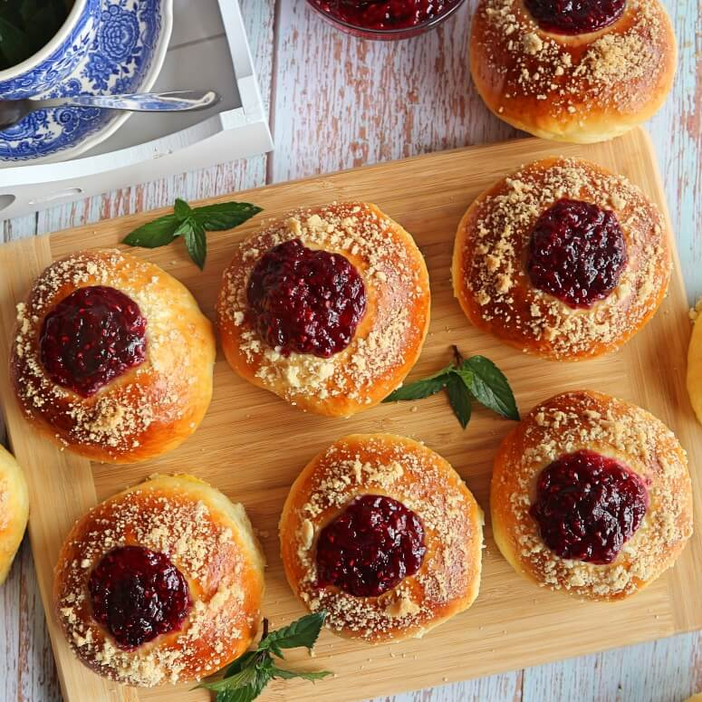 Sweet buns filled with jam